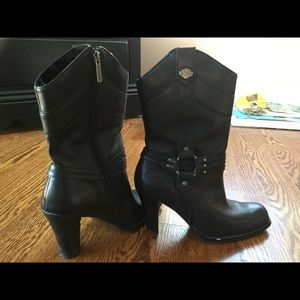Harley Davidson high rise leather boots